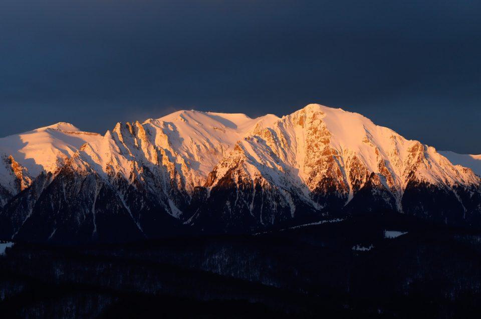 Tura foto in Bucegi in plina iarna.